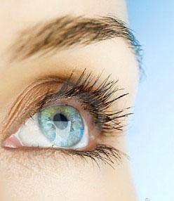 A FEMTO lézeres szemműtét mellékhatásai